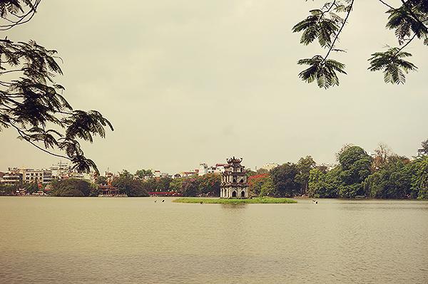 Hoan Kiem Lake, Hanoi